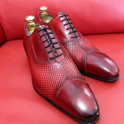Formal zone shoes laces mat-shaped Red