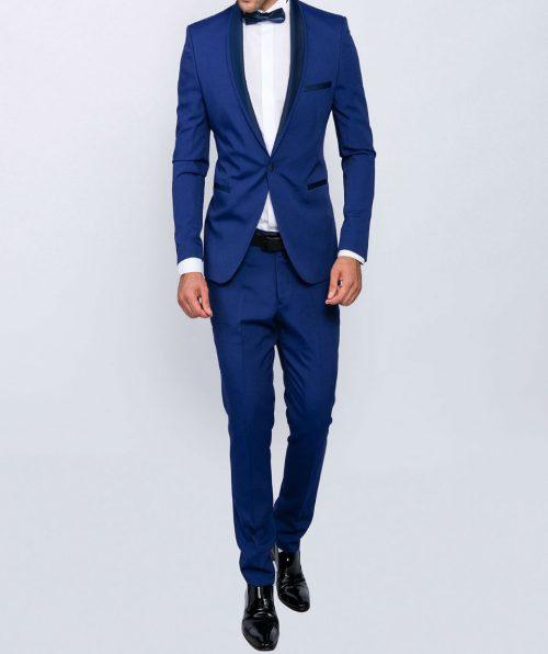 Slim fit men smoking in blue