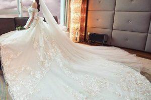 Vestito da sposa coda lunga 1